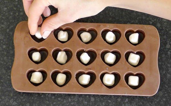 peppermint cream filling chocolate